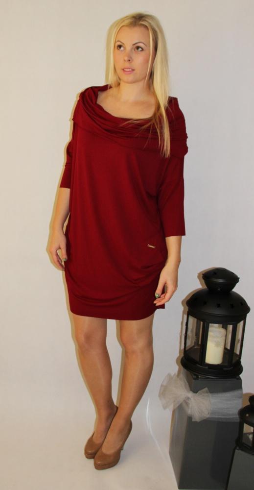 Blogerek sukienka w kolorze burdung