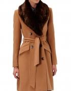 Płaszcz RESERVED karmelowy camel futerko kożuszek