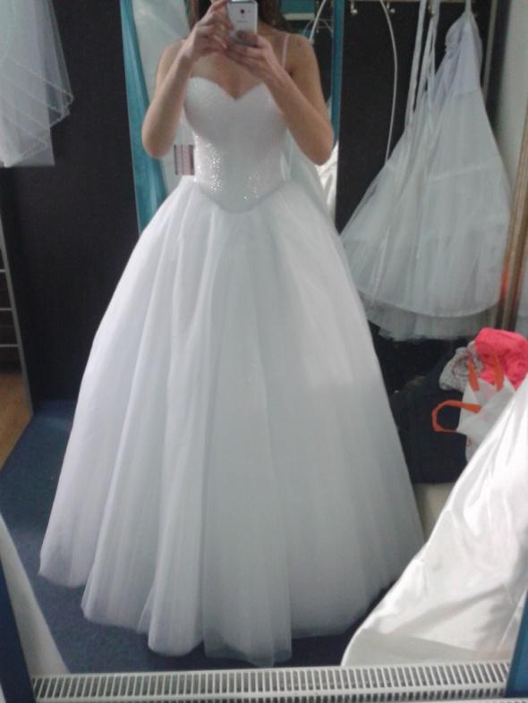 a087ad0767 Suknia ślubna księżniczka princeska perełki w Suknie ślubne - Szafa.pl