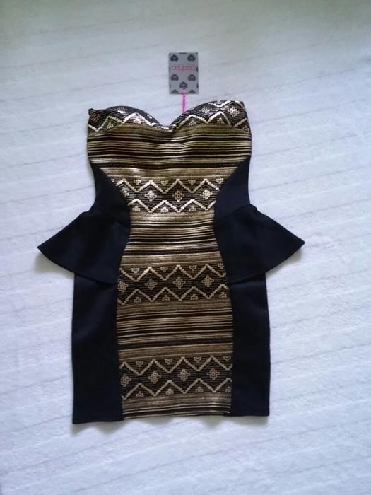 sukienka baskinka boohoo czarno złota
