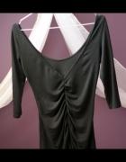 bluzki z dekoltem V na plecach