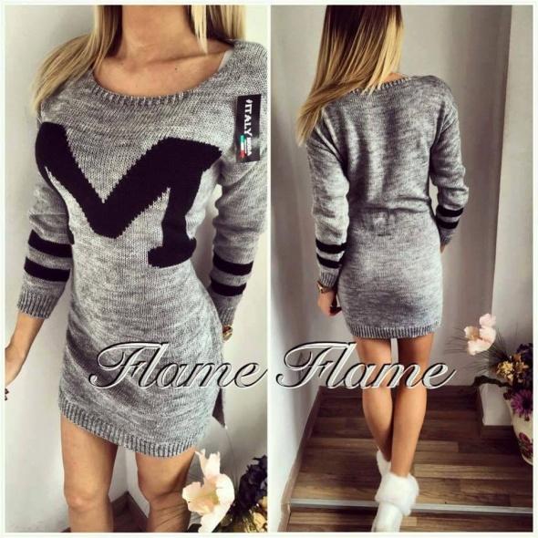 sweterkowa sukienka POSZUKUJE