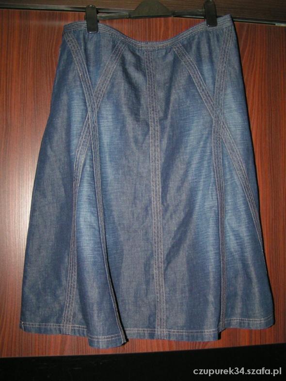 Spódnice Efektowna spódnica z ciemnego jeansu