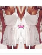 Biala dziewczeca sukienka 36 cudo