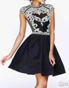Sukienka cekiny rozkloszowana rękaw
