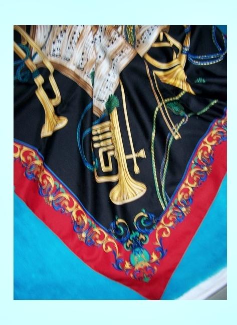 Chusty i apaszki Chustka apaszka kolorowa z nutami