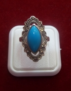 Srebrny pierścionek z turkusem i markazetami 925