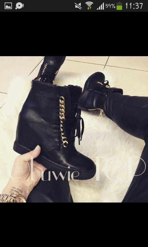 sneakersy czarne...