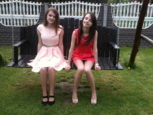 Eleganckie Brzoskwiniowe sukienki