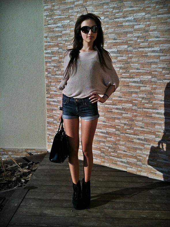Blogerek Dziergany sweterek
