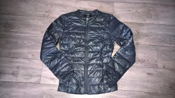 Odzież wierzchnia H&M XS S kurtka pikowana czarna