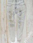 BERSHKA jeansy BOYFRIEND ripped DZIURY M 38