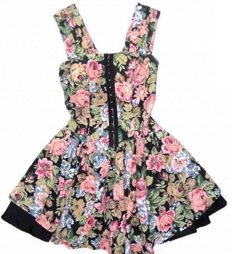 Ubrania Sukienka ASOS w kwiaty Lana Del Rey