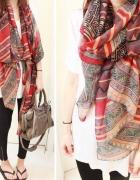 Kolorowa chusta szal