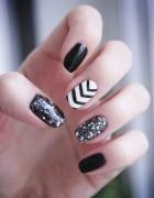 Świąteczne zimowe manicure