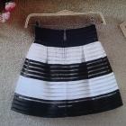 spódnica mini biało czarna pasy Siwiec nowa