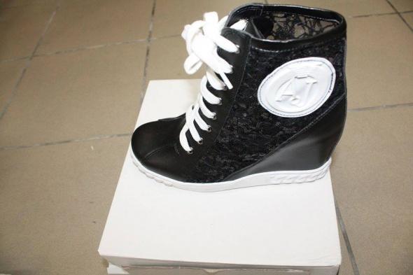 Obuwie Sneakersy ARMANI JEANS CZARne