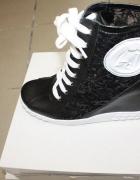 Sneakersy ARMANI JEANS CZARne...