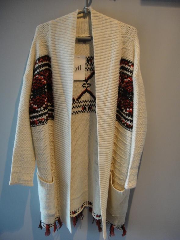 sweter w stylu boho hit