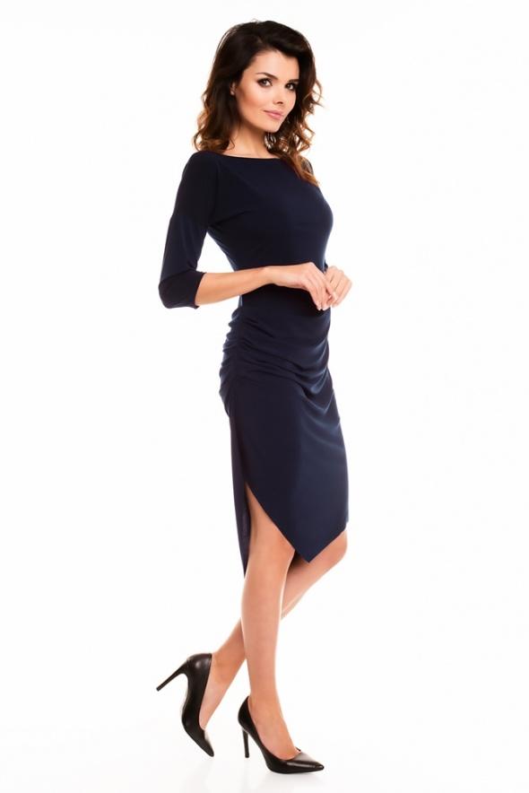 Asymetryczna sexy sukienka