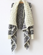 Sweter azteckie wzory
