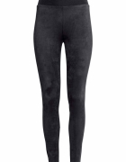 H&M czarne legginsy z dżerseju...