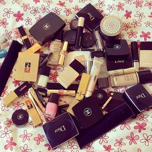 Kosmetyki Poszukiwane opakowania po kosmetykach