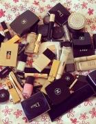 Poszukiwane opakowania po kosmetykach