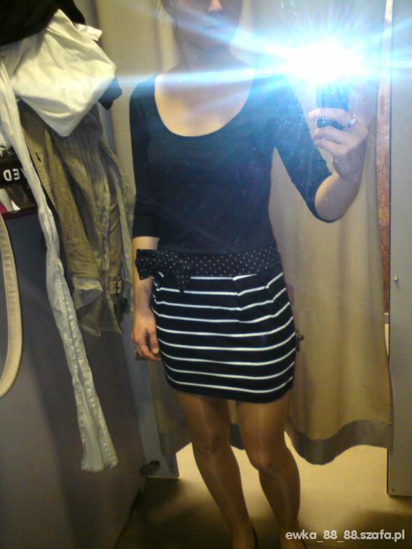 sukienka paseczki marynarski styl marynarska HOUSE