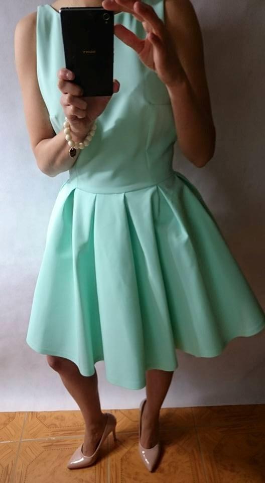 Codzienne Miętowa kloszowana sukienka