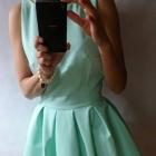 Miętowa kloszowana sukienka