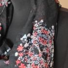 Wiosenna chustka szalik w czaszki