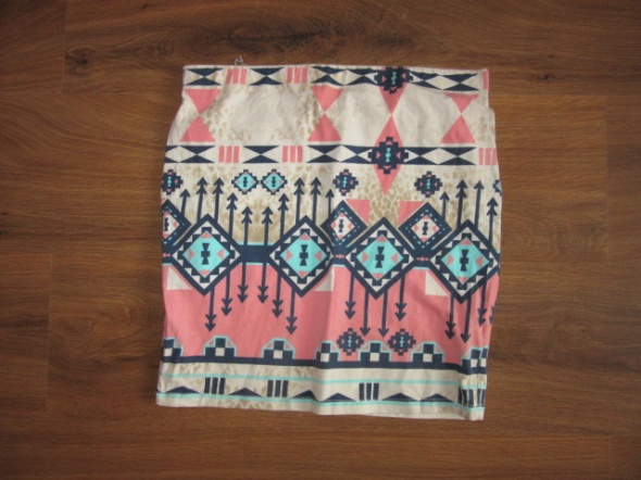 Spódnice Spódniczka Aztec Bershka M
