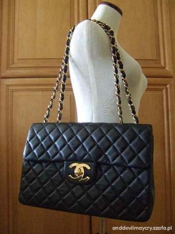 Chanel vintage jumbo xl...