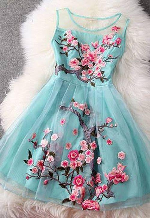 514017f777 Piękna luksusowa sukienka haft japońska wiśnia w Suknie i sukienki ...