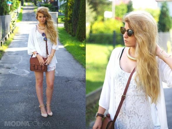 Romantyczne White jumpsuit