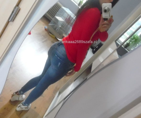 Codzienne red and jeans