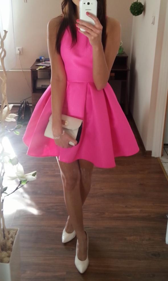 106b59dfb9d3ef Neonowa rozkloszowana sukienka rozmiar 36 w Suknie i sukienki - Szafa.pl