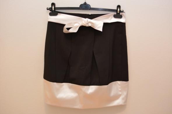 Spódnice Elegancka spódnica do pracy i wyjścia rozmiar M