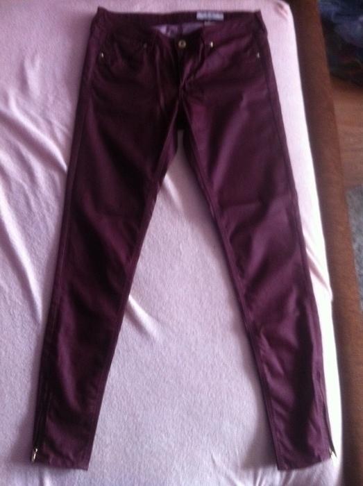 woskowane spodnie hm bordowe