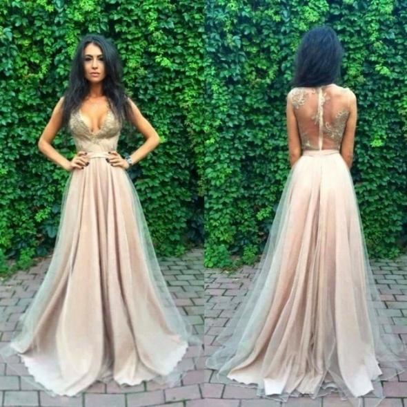 Przepiękna sukienka
