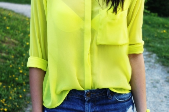 Neonowa koszula szyfon...