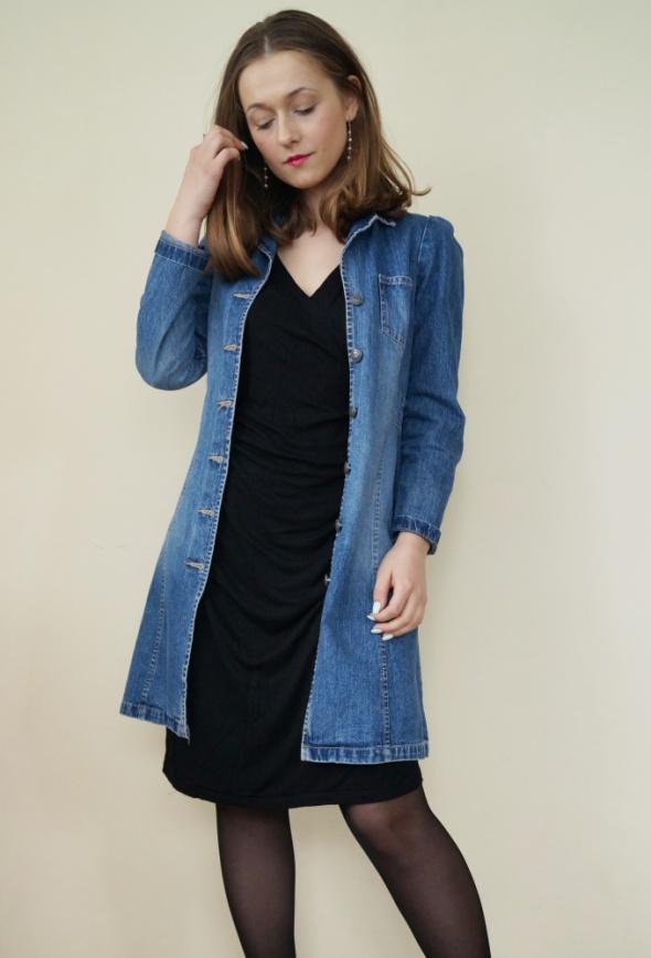 Blogerek Mała czarna i jeans