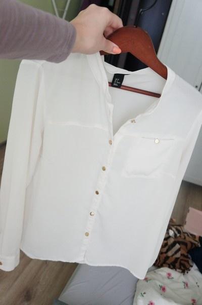 zara biała koszula złote guziki