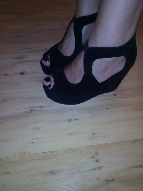 Czarne koturny sandały 38 Nowe