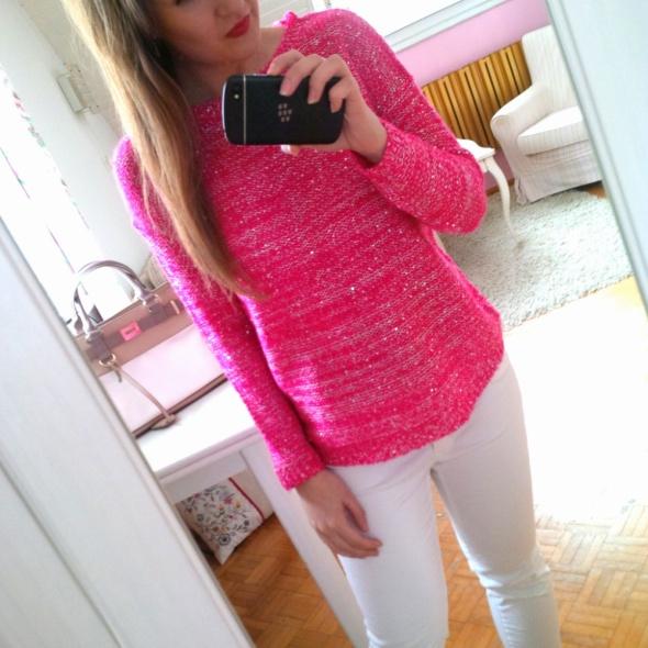 8cb842811b Różowy sweter Sinsay cekiny kokarda S w Swetry - Szafa.pl