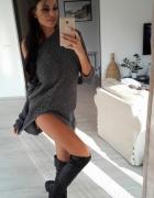 Długi sweter oversize