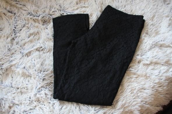 spodnie cygaretki czarne koronka s
