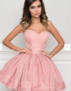 Szukam sukienki lou zoe pudrowy róż...