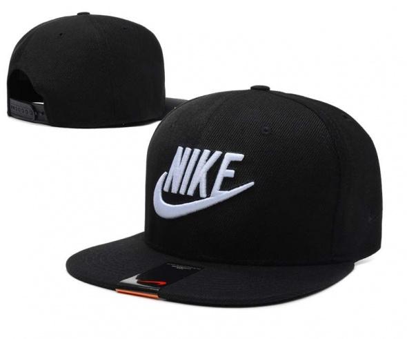 czapki z daszkiem nike jordan